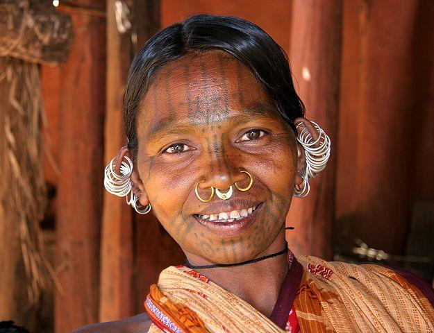 Kutia Kondh woman, Odisha, India: PICQ via Wikimedia Commons